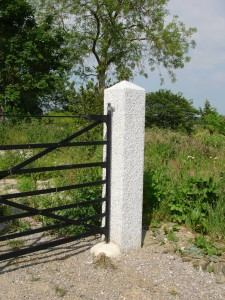 Gate post 300x300mm